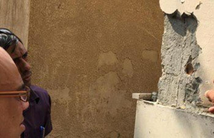 بالمستندات .. مواطن بالشرقية يشكو من تصدع منزله بسبب برج سكنى مخالف