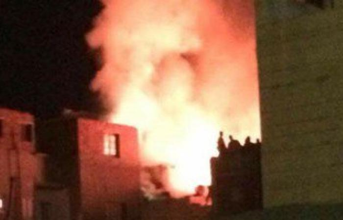 الحماية المدنية بسوهاج تسيطر على حريق بمنزلين لمدرسين شقيقين دون خسائر