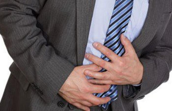 البراز المختلط بالدماء أبرز أعراض سرطان القولون العصبى