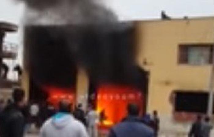 الحماية المدنية بدمياط تسيطر على حريق فى سوبر ماركت بمنطقة الشرباصى