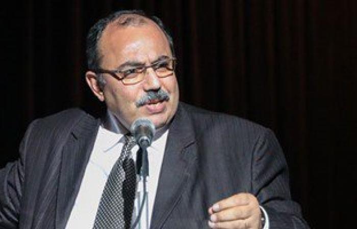 محافظ الإسكندرية يقدم واجب العزاء فى وفاة الشهيد شريف محمد عمر