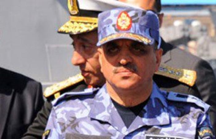 السيسى يصدق على ترقية قائد القوات البحرية إلى رتبة الفريق