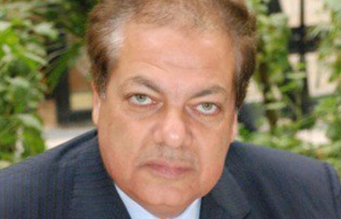 محمد أبو العينين يستبعد تأثر الاسثمارات الأوروبية فى مصر بحادث مقتل ريجينى