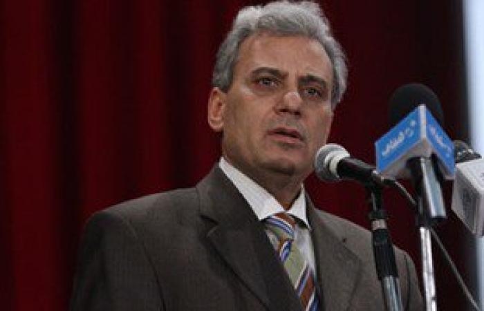 رئيس جامعة القاهرة:لن نتمكن من دخول تنصيف أفضل مائة جامعة بسبب العدد الزائد
