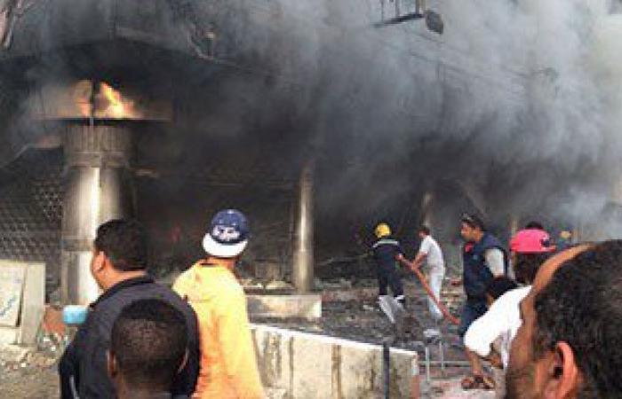 """بالفيديو والصور.. مصرع شخص وإصابة 6 آخرين فى """"حريق معرض سيارات فيصل"""""""