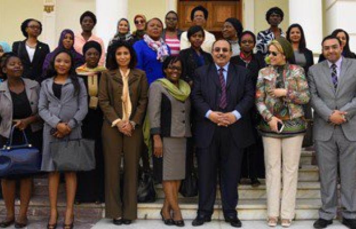 محافظ الإسكندرية يستقبل وفدا من كبار القاضيات الأفريقيات