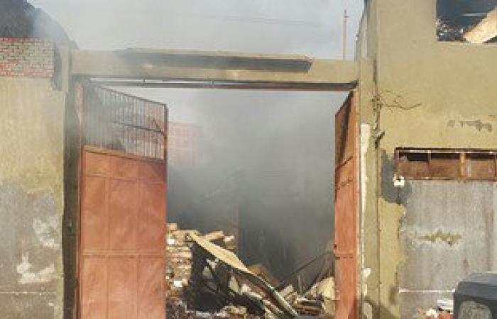 إصابة مجند وسائق ونفوق 19 حيوانا فى حريق بـ3 منازل بسوهاج