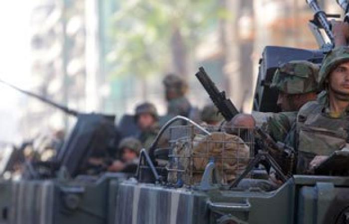 """الجيش اللبنانى يقصف تحركات لـ """"داعش"""" قرب الحدود مع سوريا"""