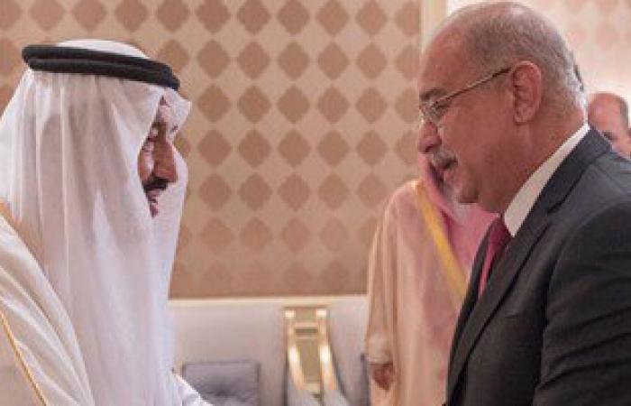 رئيس الوزراء يلتقى خادم الحرمين.. ويؤكد: عازمون على ارتقاء علاقات البلدين