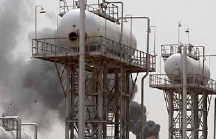 حرس المنشآت النفطية الليبية ينفى إصداره أوامر بإخلاء الحقول فى سرت