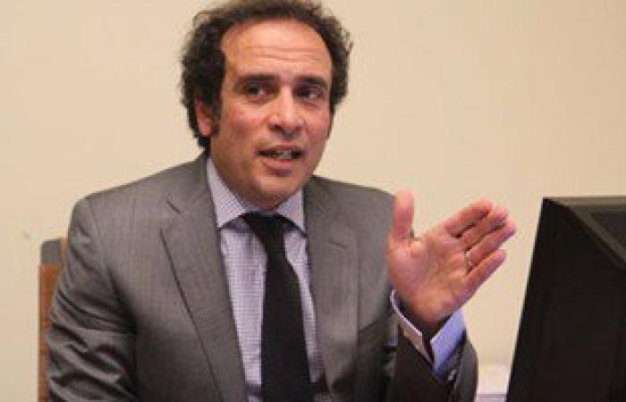 عمرو حمزاوى: إدعاءات التنازل عن السيادة المصرية على صنافير وتيران ظالمة