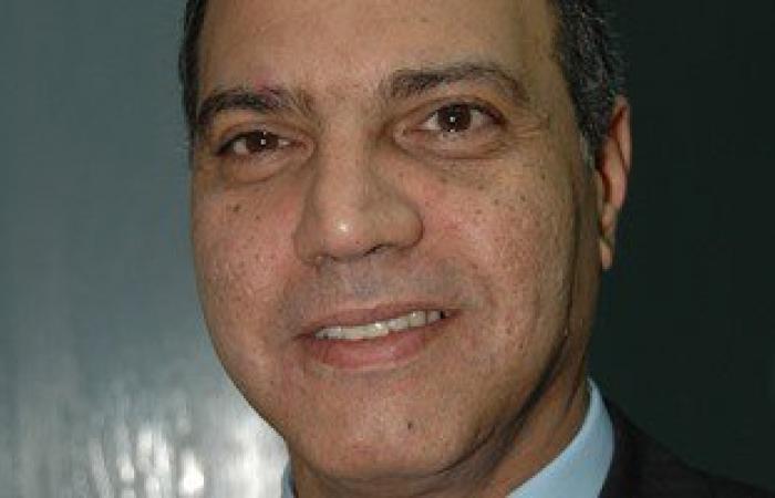 قيادات مصر للطيران تلتقى أسر ضحايا الطائرة المنكوبة لإبلاغهم بالتطورات