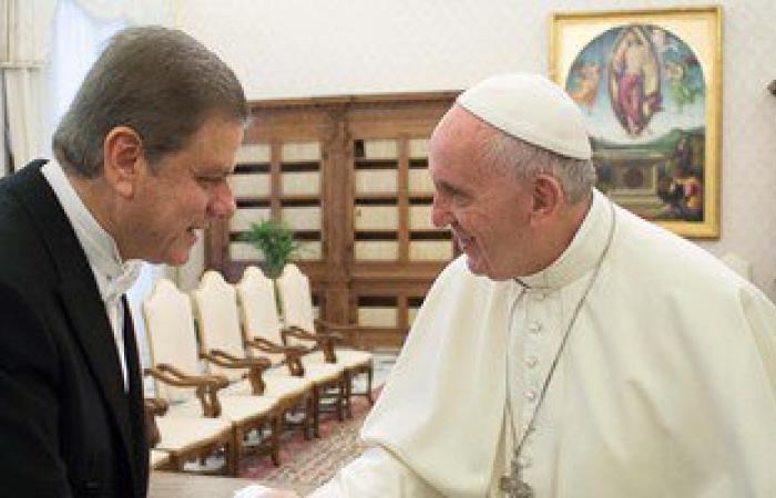 سفير مصر بالفاتيكان: لقاء شيخ الأزهر والبابا فرنسيس يوسع أرضية التفاهم