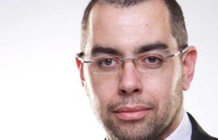 """""""الوفد"""": السيسى يهتم بمشروعات الصناعات التكميلية والطاقة لأنها مستقبل مصر"""