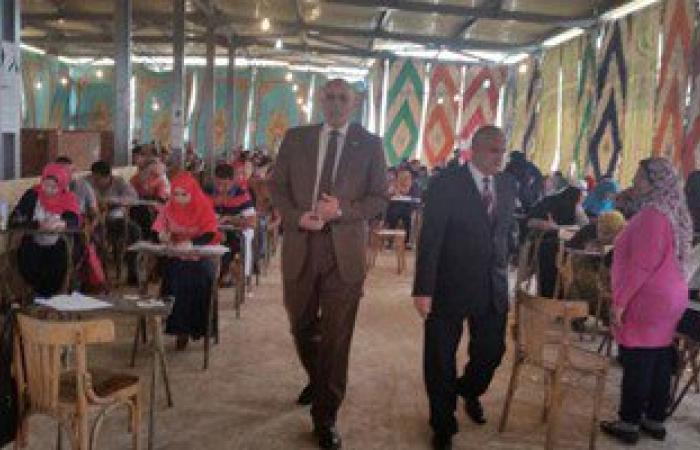 بالصور.. نائب رئيس جامعة طنطا يتفقد امتحانات الدراسات العليا بكلية الحقوق