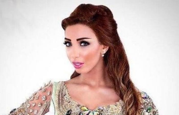 دنيا بطمة تحتفل بعيد ميلاد حلا الترك بعد مرور أسبوع على موعده