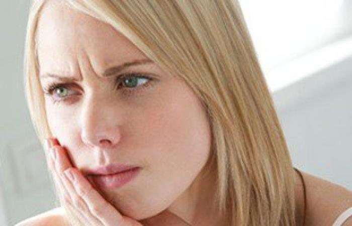 وداعا للمسكنات.. 5 أطعمة طبيعية تعالج ألم الأسنان