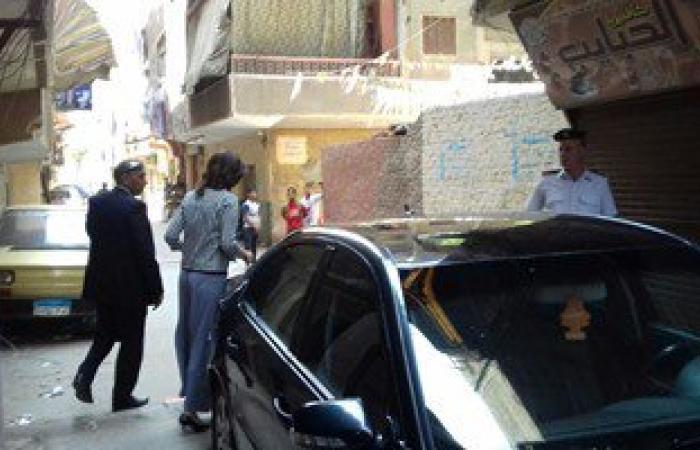 وزيرة الهجرة تزور أسرة الشاب المصرى المعتدى عليه بالكويت