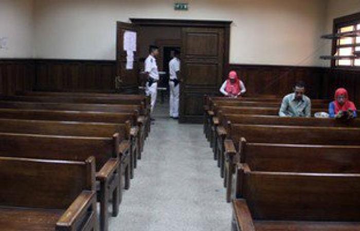 تأجيل محاكمة 74 إخوانيا فى أحداث تعذيب قيادات مديرية أمن أسوان إلى يونيو