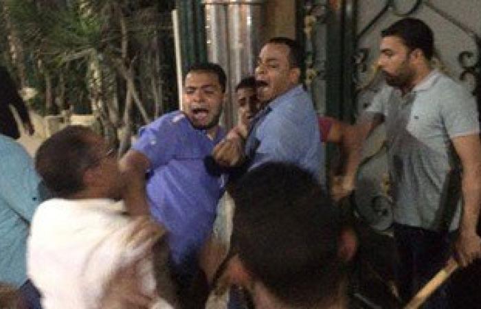 بالصور.. إصابات خطيرة بين محامى طلخا بعد تحطيم مجهولين النقابة
