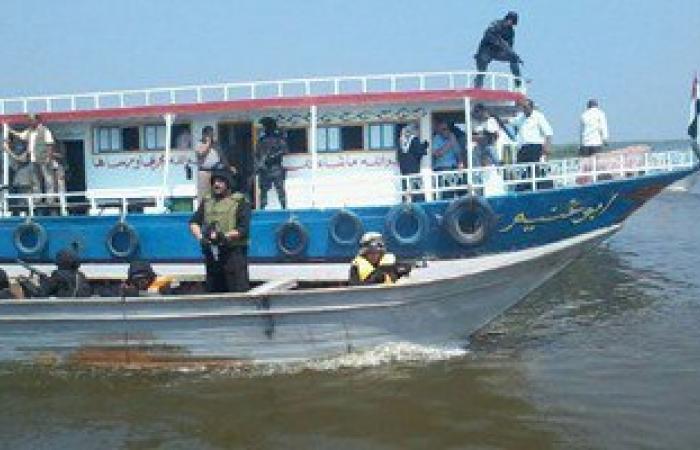 ضبط 3 لنشات مخالفة وإزالة 2 حلقة سمك فى حملة أمنية ببحيرة البرلس