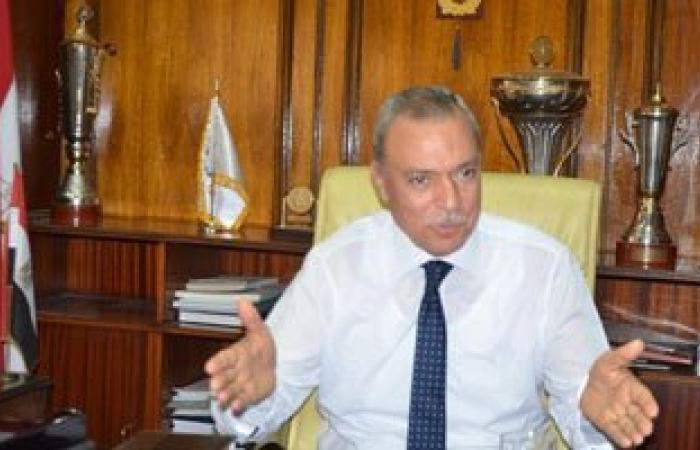 محافظ قنا يفتتح منفذ الجمعية التعاونية الاستهلاكية