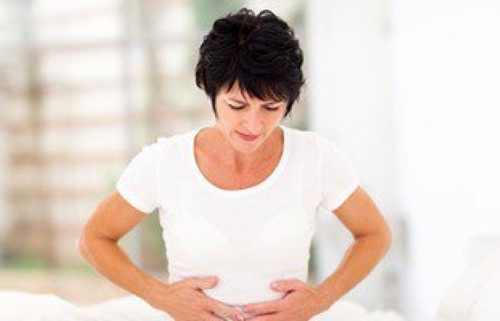 ديلى ميل: الصداع النصفى يجعل ألم الدورة الشهرية أكثر شدة لدى النساء