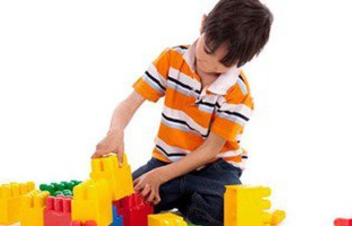 دراسة أمريكية: البلاستيك يضعف أسنان الأطفال ويغير الهرمونات