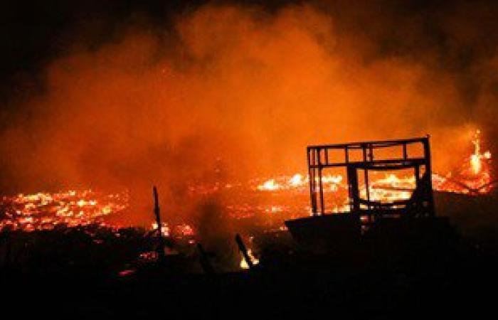 """النيابة تنتدب الأدلة الجنائية لكشف ملابسات حريق""""الصوت والضوء"""" بالهرم"""