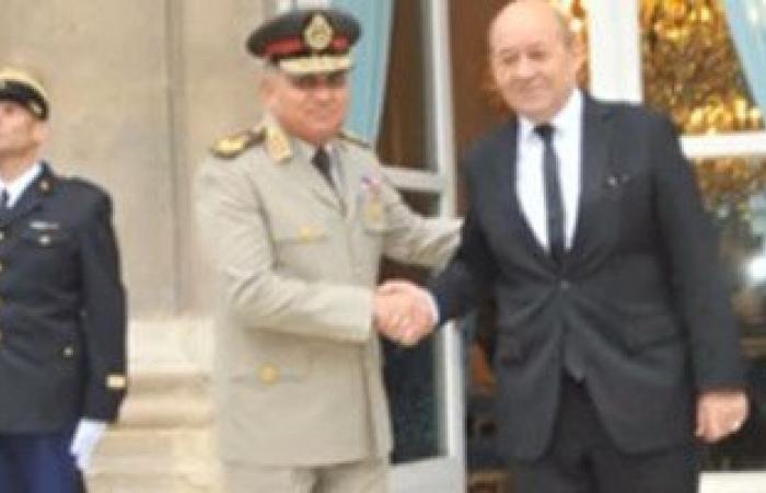 المتحدث العسكرى ينشر فيديو لقاء وزير الدفاع المصرى وبنظيره الفرنسى