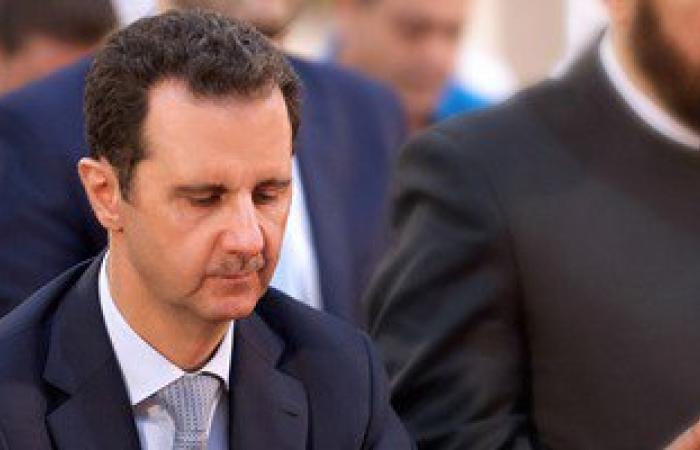 """بشار الأسد يتحدى الحرب السورية.. ويؤدى صلاة العيد بـ""""حمص"""""""