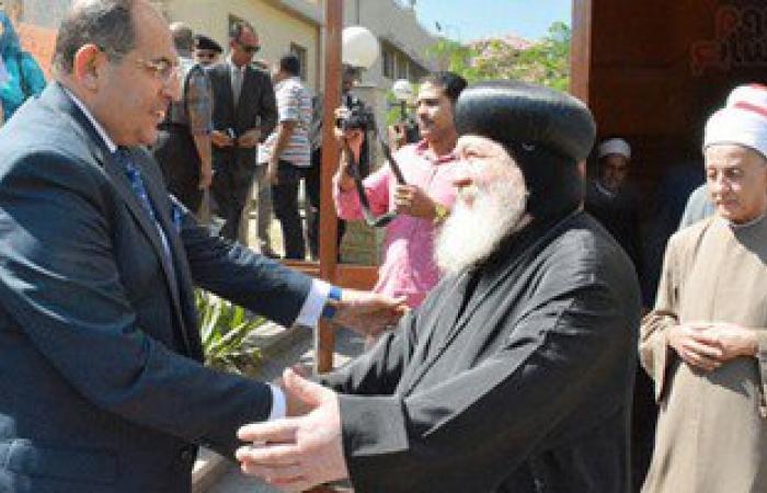 بالصور.. محافظ سوهاج ومدير الأمن يستقبلان المهنئين بعيد الفطر المبارك