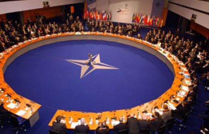 الناتو:اتخذنا قرارا رسميا بالمشاركة فى جهود إدارة ظاهرة الهجرة قبالة ليبيا