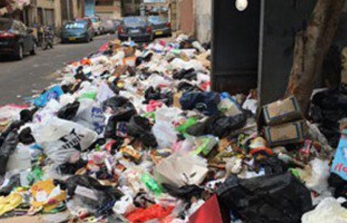 """بالصور..سكان """"الحراسات"""" ببورسعيد: القمامة تحاصرنا ورئيس الحى فى غفلة"""