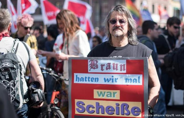 صحف ألمانية: الإرهاب ضد المسلمين اعتداء على قيم المجتمع الألماني