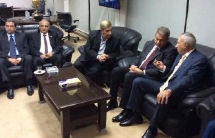 وزير الرياضة يعد إدارة الإسماعيلى بإنشاء استاد بالإسماعيلية الجديدة