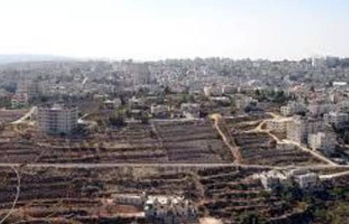 الاحتلال الإسرائيلى يغلق عدة حواجز مؤديه إلى رام الله وزوارقه تستهدف الصيادين