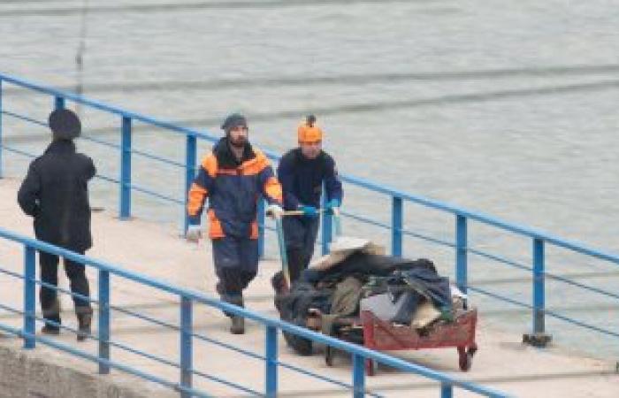 وصول أول رحلة تحمل أشلاء ضحايا الطائرة الروسية المنكوبة إلى موسكو