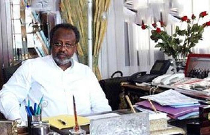 رئيس جيبوتى يصل القاهرة للقاء الرئيس السيسى