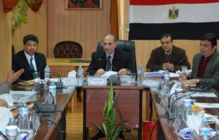 مجلس جامعة دمياط يخصم بدل الجامعة من بعض أعضاء هيئة التدريس لغيابهم