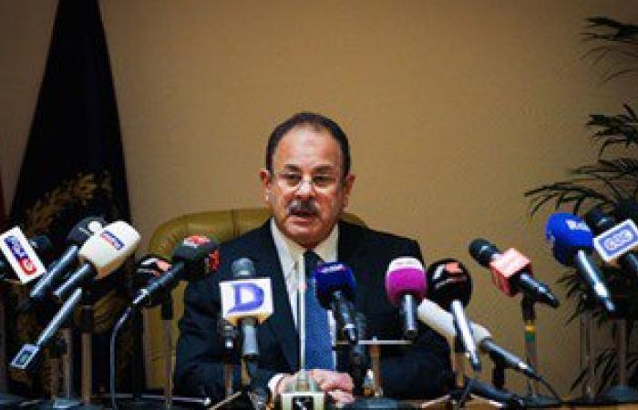 وزير الداخلية مهنئا السيسى بالعام الجديد: سندعم مناخ الأمن ومسيرة التنمية