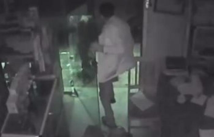 ضبط مسجل خطر أثناء سرقته مسكن أحد المواطنين بمصر القديمة