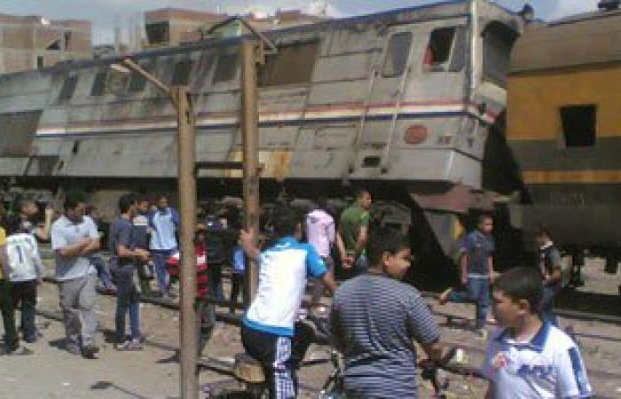 """تحقيقات حادث قطار العياط: """"عامل المزلقان كان نايم والسائق إشارته خضراء"""""""