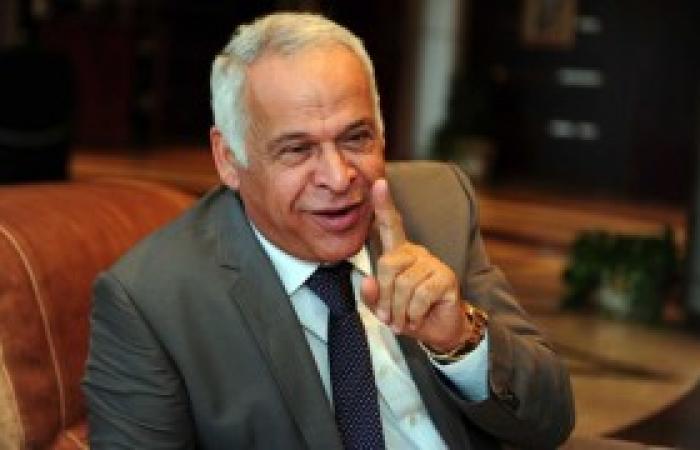 فرج عامر: انسداد مصارف الإسكندرية سبب أزمة غرق الشوارع