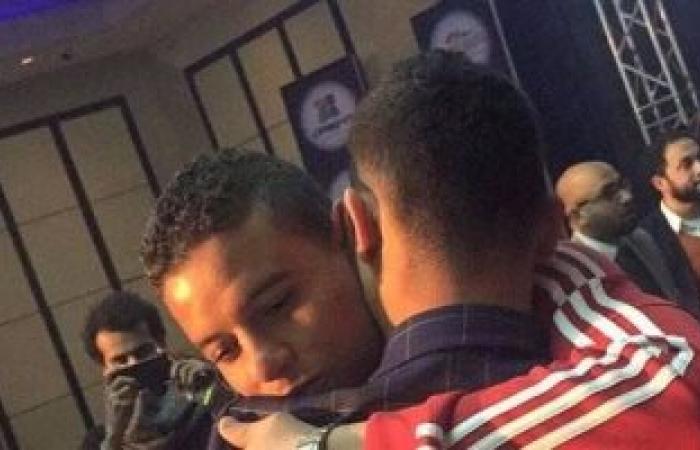 """شاهد.. انتهاء أزمة باسم مرسى وسعد سمير بـ""""حضن"""""""