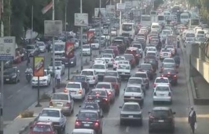 شلل مرورى بمحور صلاح سالم بسبب تصادم 7 سيارات