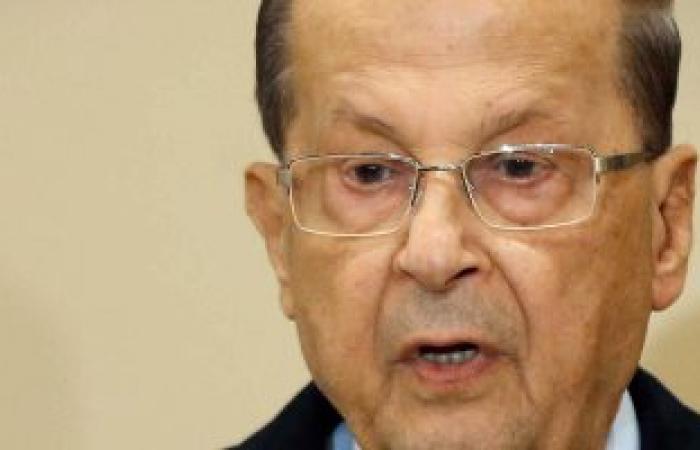 خادم الحرمين يبحث مع الرئيس اللبنانى تطورات الأحداث العربية والدولية