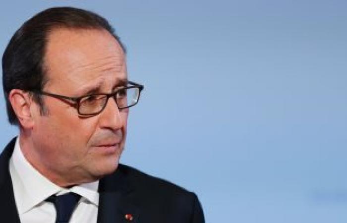 هولاند: مباحثات باريس لن تحل محل محادثات الثنائية بين الإسرائيليين والفلسطينيين