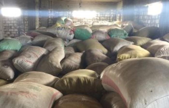 ضبط طن أرز و350 كيلو جرام سكر تموينى تم احتكارها بقنا