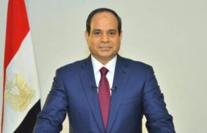 أبو بكر الجندى يقدم تقريراً للسيسى عن دور جهاز التعبئة والإحصاء